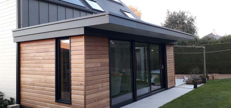 Véranda extension en bois et aluminium pour un style contemporain et intemporel - réalisation Design Vérandas 44